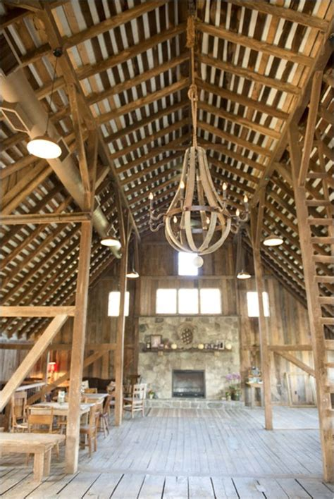 rustic diy wedding at the barns at hamilton station