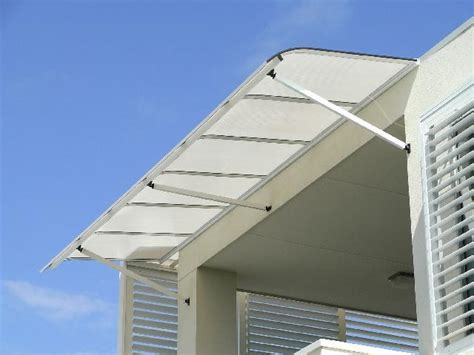Bullnosed Window Awnings By Carbolite