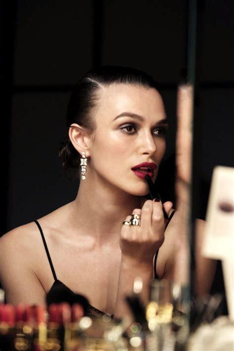 Chanel Beauty Talks Keira Knightley Deelt Haar