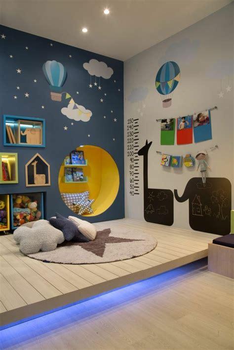 chambre enfant bleu beautiful chambre bleu enfant photos seiunkel us