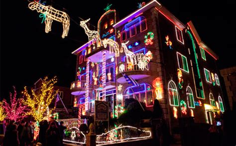 christmas lights tour brooklyn ny dyker heights christmas lights in new york city a slice