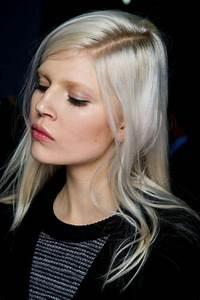 Coloration Cheveux Gris Perle : couleur de cheveux blond nordique coupe de cheveux la mode ~ Nature-et-papiers.com Idées de Décoration