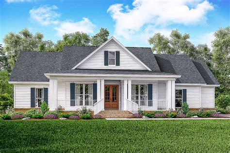 House Plans Farmhouse by Classic 3 Bed Country Farmhouse Plan 51761hz