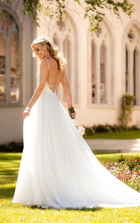 Casual Wedding Dress With Silk Chiffon  Stella York. Halter Neck Wedding Dresses Online. Tea Length Wedding Dresses Sleeves. Sweetheart Neck Wedding Dresses. Pics Of Country Wedding Dresses. Pnina Tornai Wedding Dress Style 0757. Pnina Tornai A Line Wedding Dresses. Vera Wang Wedding Dresses Florida. 10 Best Celebrity Wedding Dresses Answers