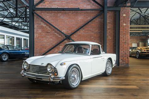 triumph tr richmonds classic  prestige cars