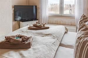 Fernseher über Bett : das penthouse meerblick ostsee ferienwohnungen ~ Sanjose-hotels-ca.com Haus und Dekorationen