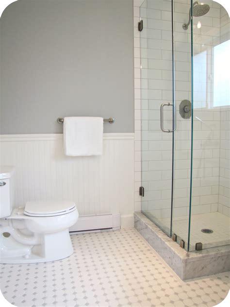white tile floor bathroom  grasscloth wallpaper