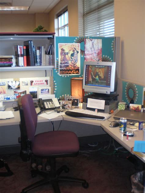 cubicle decor ideas    office style work