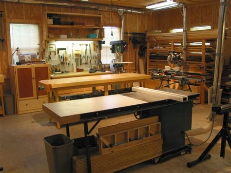 images  workshop layout  pinterest shops shop plans  fine woodworking