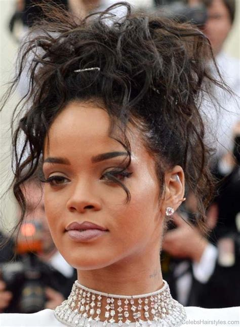 Rihanna Hairstyles by 52 Stylish Haircuts Of Rihanna