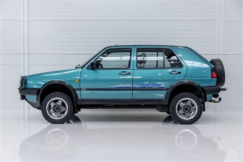 1990 VW Golf - Syncro Country | Classic Driver Market | Volkswagen, Volkswagen golf, Volkswagen ...