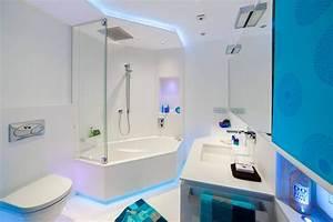 Kleines Badezimmer Modern Gestalten : kleines badezimmer modern gestalten tipps ideen mit lichtdesign ~ Sanjose-hotels-ca.com Haus und Dekorationen
