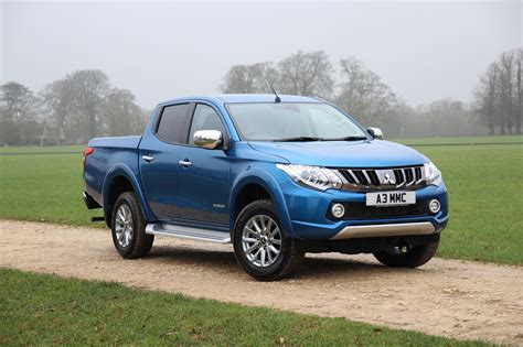 Mitsubishi Car : Mitsubishi Upgrades L200 Pickup Truck To Tow Heavier Stuff