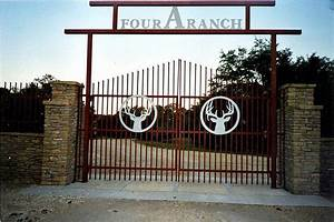 custom metal ranch farm home driveway entrance gates With metal letters for entrance gates