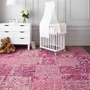 grand tapis pour chambre idees de decoration interieure With grand tapis chambre