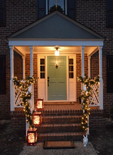 how to hang christmas lights around windows outdoor holiday decorating the easy way to hang window