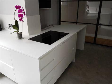 foto encimera de cocina corian blanco de decoencimera