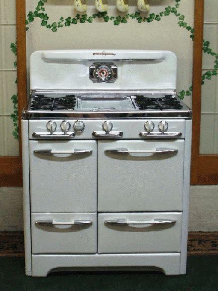 white  chrome  okeefe merritt vintage stove
