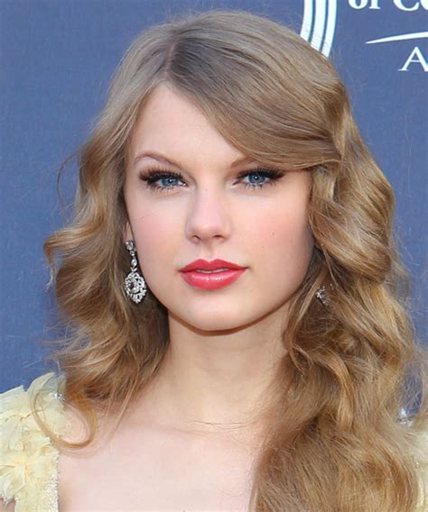 taylor swift long hairstyles taylor swift long wavy formal hairstyle with side swept