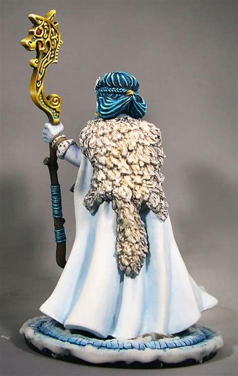 reaper bones frost giant queen  cosmicjoke puttypaint