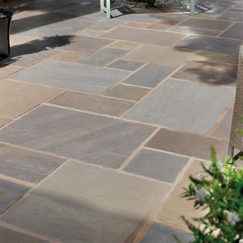 coloured grout  patio slabs zion star