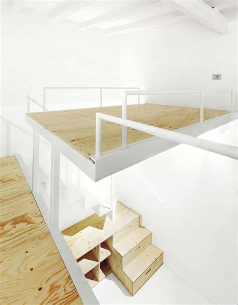 Split Level Loft: Suspended Bedroom   Under Stair Storage