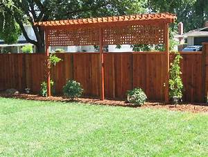 easy and cheap backyard privacy fence ideas 5 wholiving With simple and easy backyard privacy ideas