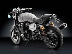 Xjr 1300 Cafe Racer : rocketgarage cafe racer rizoma accessory line per yamaha xjr 1300 cafe racer pinterest ~ Medecine-chirurgie-esthetiques.com Avis de Voitures