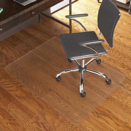 Office Chairs On Hardwood Floors by Es Robbins Chair Mat Hardwood Floor Carpeted Floor