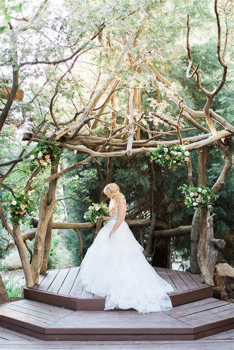 36 stunning ceremony structures for an outdoor wedding weddingwire