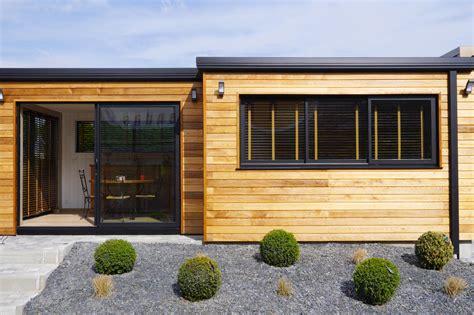 extension en bois d une maison extension en bois concr 233 tisez votre projet d extension d habitation