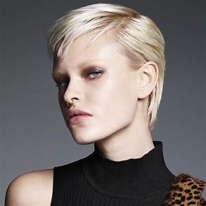 Coupe Automne Hiver 2017 : coiffures coupes courtes tendances automne hiver 2017 2018 page 17 ~ Carolinahurricanesstore.com Idées de Décoration