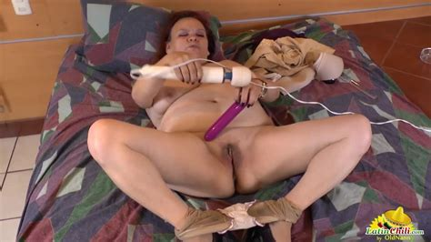 Latin Chili Horny Latina Granny With Big Tits Has Solo Fun
