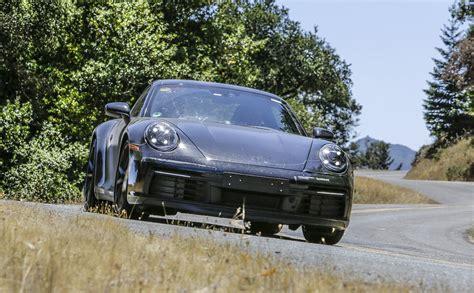 La Porsche 911 Type 992 Nous Invite à