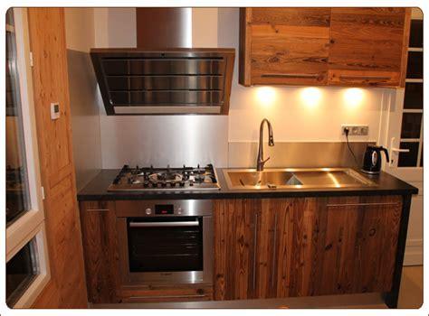 cuisine en vieux bois cuisine bois haute savoie wraste com
