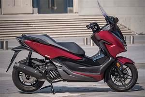 Honda Forza 125 2018 : essai honda forza 125 2019 encore plus haut de gamme ~ Melissatoandfro.com Idées de Décoration