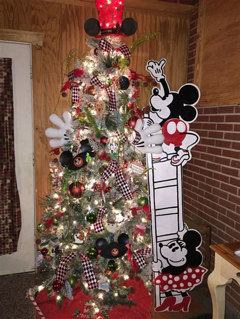 mickey mouse christmas tree ideas  pinterest