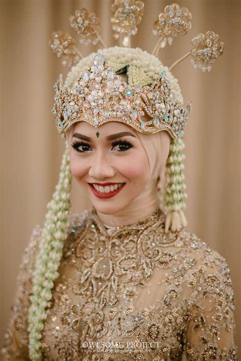model terbaru baju pengantin adat sunda hijab modern