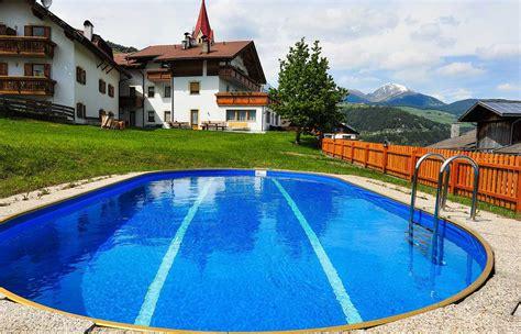schwimmbad mit salzwasser bauernhof mit schwimmbad s 252 dtirol der brunnerhof