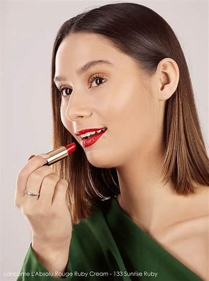 Lipstick Makeup Christmas Nail Escentual Applying Wipe