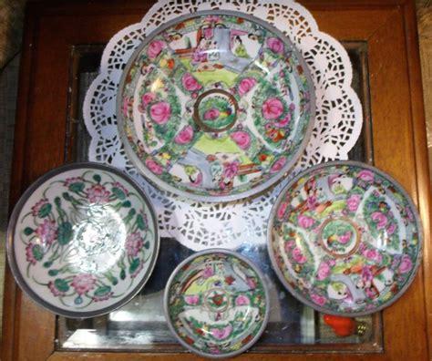 porcelain japanese dinnerware oriental china ware encased acf pewter medallion famille bowl sizes painted pc rose hand tableware