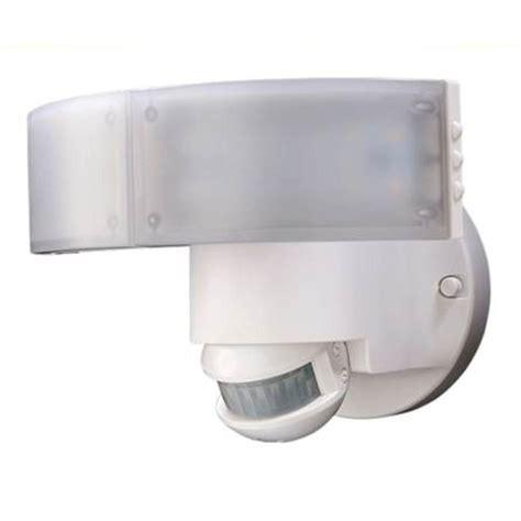 defiant lighting customer service defiant 180 degree white led motion outdoor security light