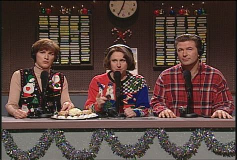 the 12 best snl holiday sketches den of geek