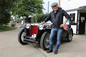 dc mustangs ac dc lead singer brian johnson visits mg hq in quot cars