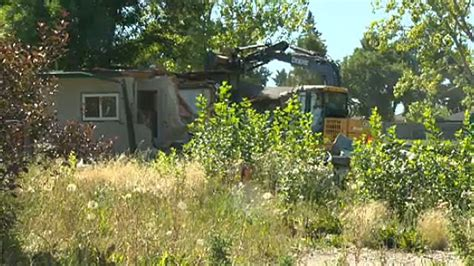 time running   residents  calgary trailer park