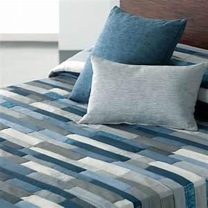 Dessus De Lit Boutis : awesome dessus de lit bleu 4 couvre lit boutis bleu ~ Teatrodelosmanantiales.com Idées de Décoration