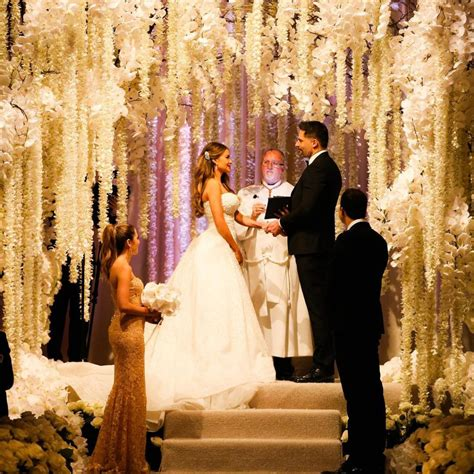 sofia vergara wedding sofia vergara weds joe manganiello see photos of her