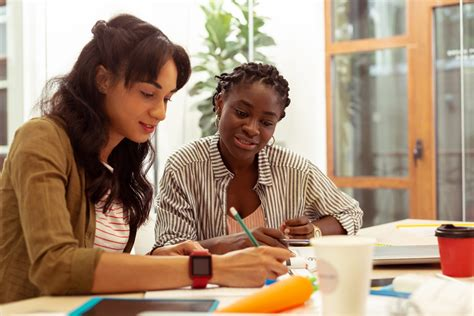 Private Math Tutor vs Online Math Tutor: Which is Better for Your Child?