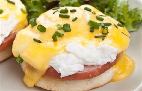 cuisine hollandaise eggs benedict with lemony hollandaise sauce a well