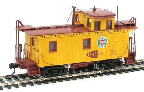 dmir class  wood caboose modernized duluth missabe
